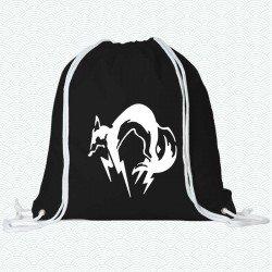 Mochila con el logotipo de Metal Gear